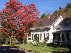 Hobble Inn, fall.